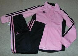 ~NWT Girls ADIDAS Outfit! Size 4 Cute:)!!